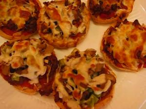 Betty's English Muffin Party Pizzas