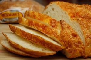 Hot Cheese Loaves