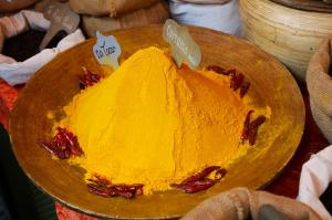 Use turmeric for curing boils