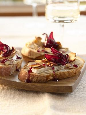 Hibiscus, Warm Brie & Almond Crostini