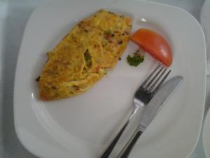 A Simple Healthy Stuffed Omelette