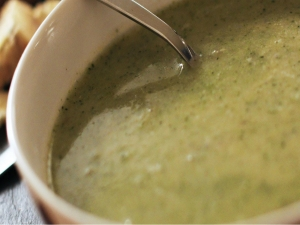 Broccoli and Stilton Soup - Winter Warmers