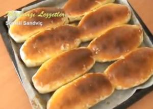 Turkish Sosisli Sandvic