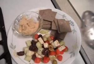 Simple Mediterranean Salad