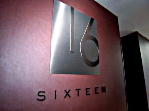 Foodies Chicago at Sixteen