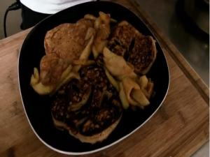 Star Wars Apple Cider Pancakes - Cooking with The Vegan Zombie