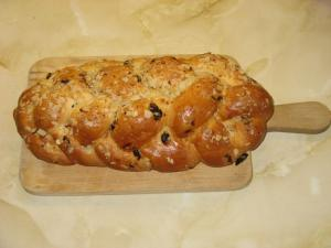 Raisin Nut Braid