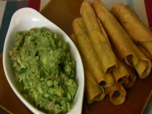 Super Bowl Recipe: Shredded Beef, Chile & Cheese Taquitos |Baked & Fried|