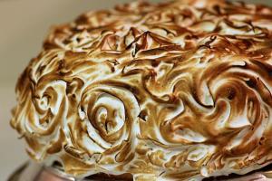 Meringue Spice Cake