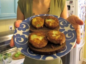Magic Mushroom & Fried Green Tomato Melts