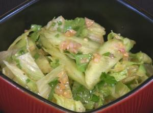 Cool and Spicy Cucumber and Iceberg Salad