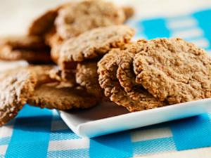Triple Oat Cookies