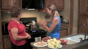 RV Cooking Show - Maryland Eastern Shore Low Country Shrimp Boil