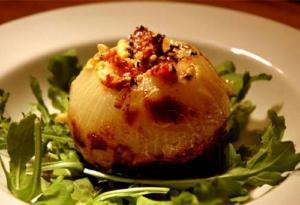 Gourmet Stuffed Onions