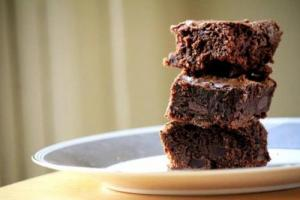Chocolate Raisin Brownies