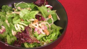 Walnut Green Salad