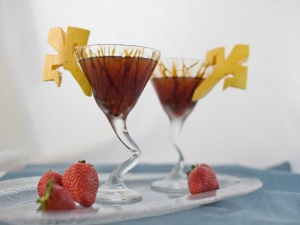 Bar Therapy: Balsamic Martini