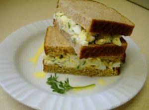 Moroccan Egg Sandwich