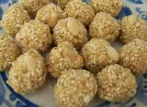 sesame seeds and jagerry ball