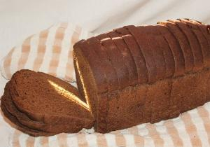 Simple Sour Rye Bread