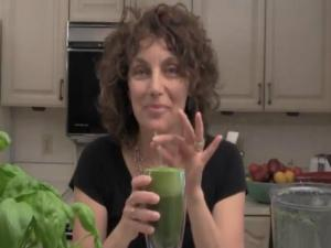 Angie's Cinnamon Chard Green Smoothie