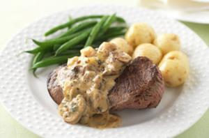 Steak With Stilton & Mushroom Sauce