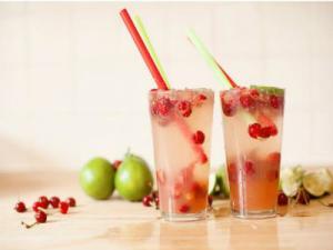Fizzy Jalapeno Cherry Limeade