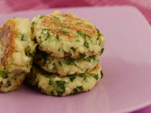 Mint and Masoor Tikki (Low Calorie Snack)