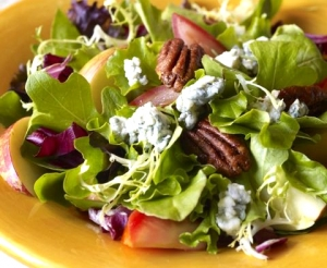 Walnut Blue Salad