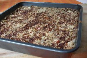 Apple-icious Oatmeal Bake
