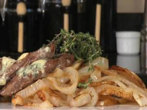 Blue Cheese and Lyonnaise Potato topped Sirloin
