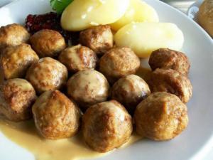 Lincklaen Famous Fish Balls