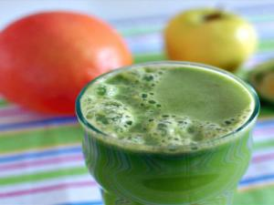 Kale and Grapefruit Juice