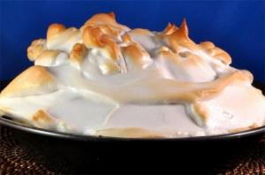 Peach Meringue Pie