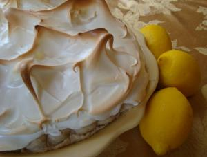 Light Lemon Meringue Pie