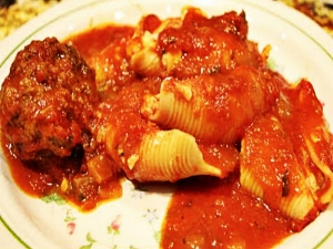 Stuffed Shells & Meatballs