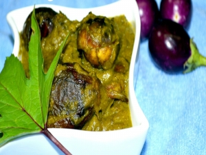 Vankai Gongura - Baby Eggplants in Tangy Sorrel Leaves Gravy