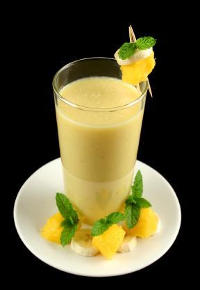Banana and Mango Smoothie