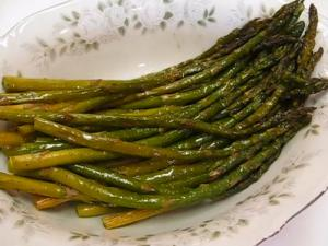 Betty's Roasted Asparagus -- Terrific Veggie for Easter! ☼