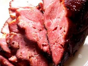 Cranberry Glazed Ham with Sauce