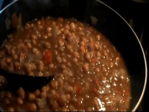 Peshawari Chole / Spiced Chickpeas (Garbanzo Beans)