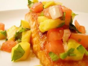 Broiled Salmon with Mango Jalapeno Mint Salsa