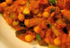 Indian Inspired Chickpea And Vegetable Curry