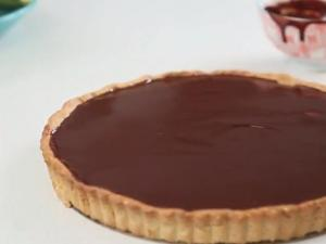 Creamy Chocolate and Banana Pie
