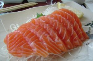 how to eat salmon