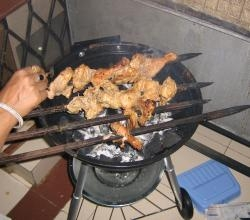 Barbecue chicken bits