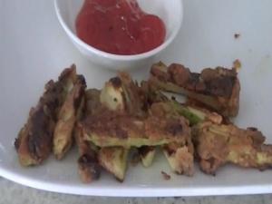 Pan-Fried Zucchini Fritters / Zucchini Ke Pakore