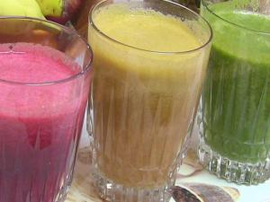 Summer Diet - Homemade Fresh Fruits & Vegetables Juices