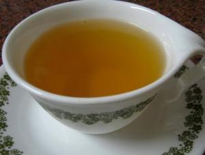 Chamomile tea for skin care