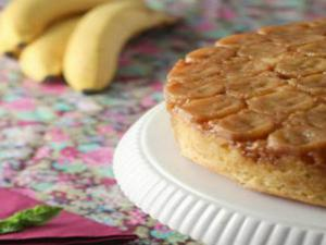 How to Make Upside Down Banana Cake - Super Moist